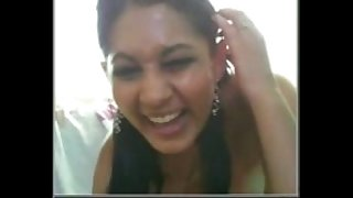 Desi Indian Hot babe on webcam must see